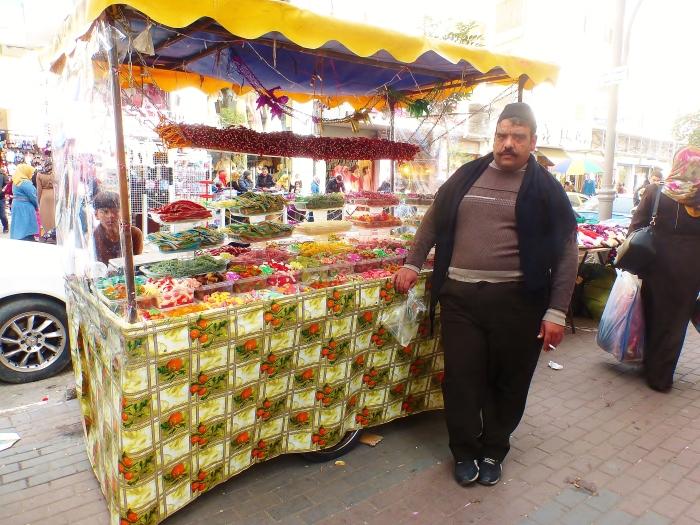 Hebron - palestyński sprzedawca słodyczy.