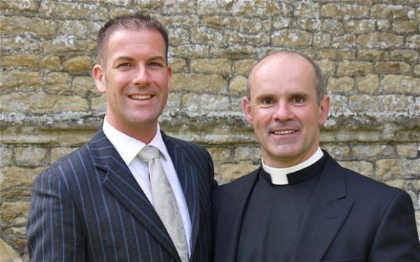 priest_gay